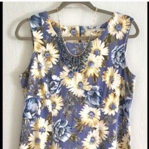 Dresses & Skirts - 👗Daisy & Blue Flowers Dress